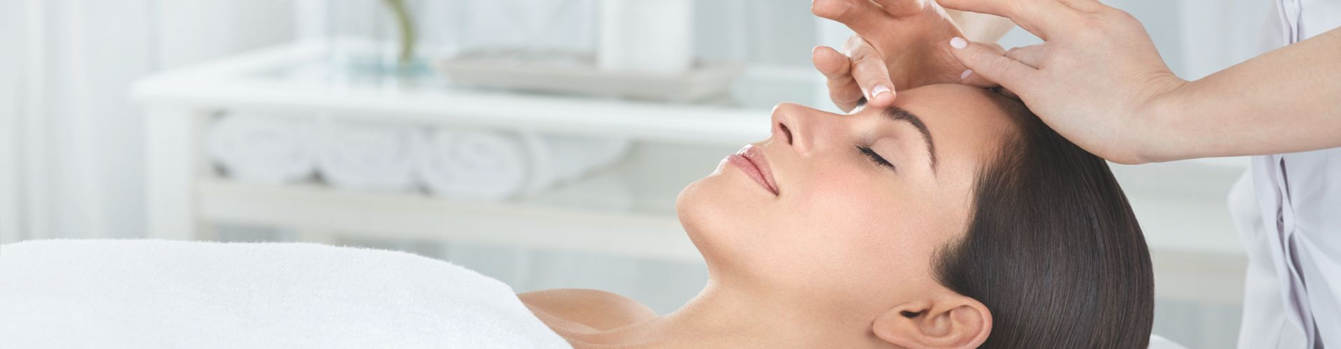 Elemis Facials with clinically proven anti-wrinkle, radiance and resurfacing